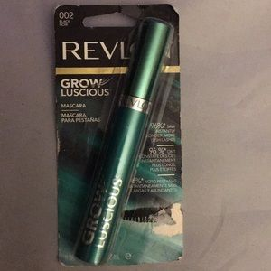 New! Revlon Grow Luscious mascara